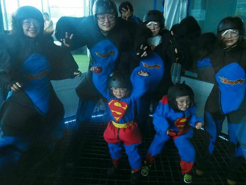 团体套餐 (10次跳伞体验的套餐) 10 skydives