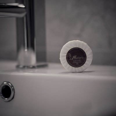 Pack of 100 guest soap - 30g each