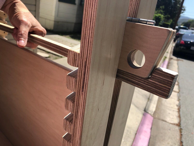Portable Caterpillar Desk Handle