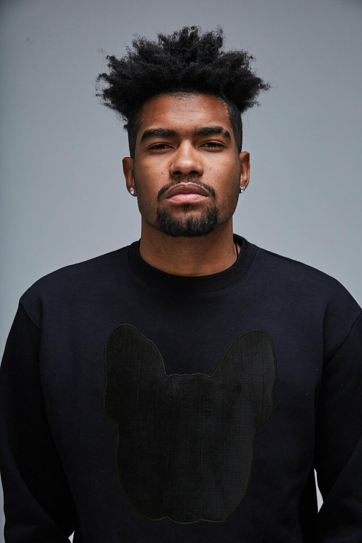 UNUSI Black Sweatshirt With Black Head Design