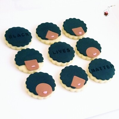 *BLACK OUT Cookie!*
