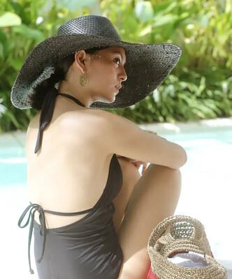 Black Wide Brim Straw Hat