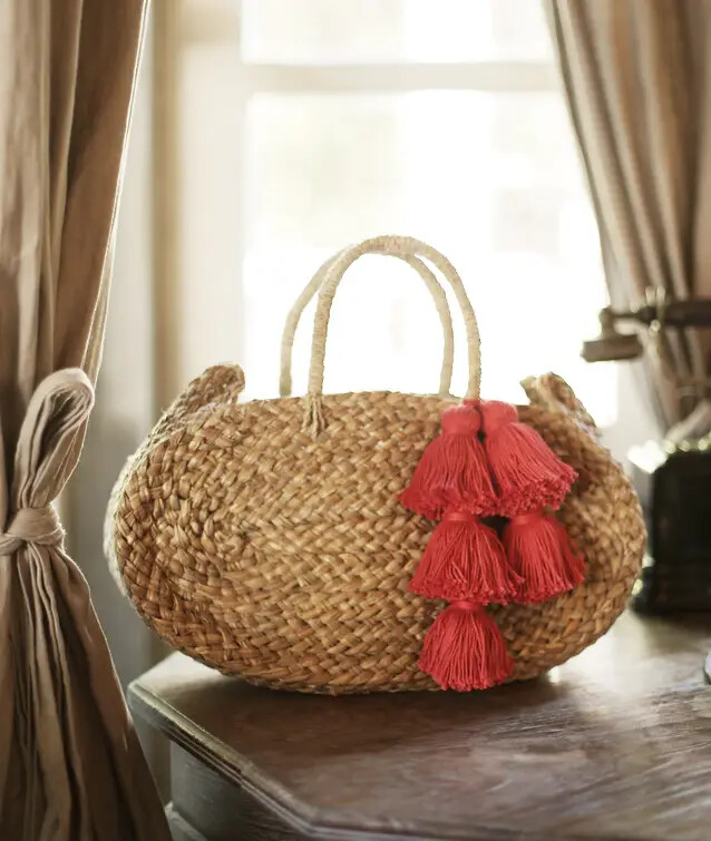 Straw Beach Bag with Tassle