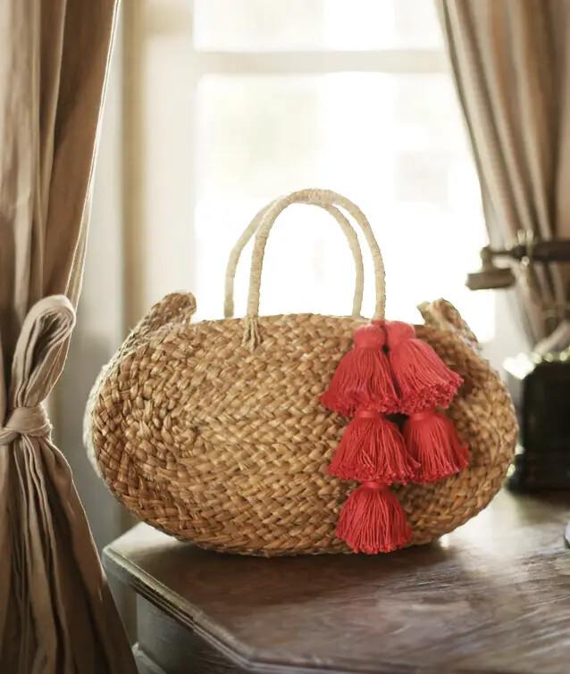 Straw Beach Bag with Tassle