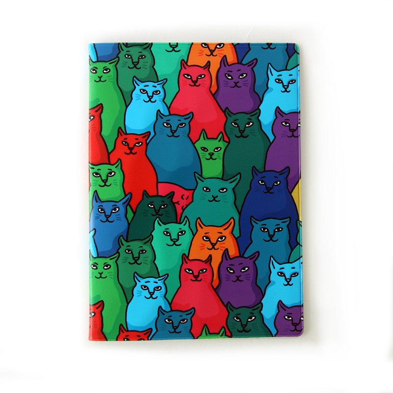 """Обложка для ветеринарного паспорта """"Найди спящего кота"""""""