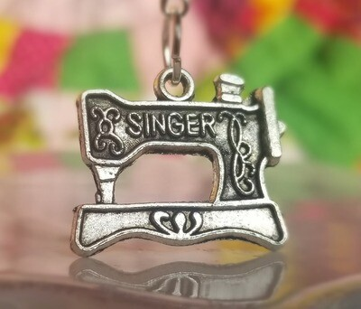 "Decorative Silver Sewing ""Singer"" Machine Charm"
