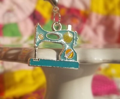 Decorative Silver Colored Sewing Machine Charm