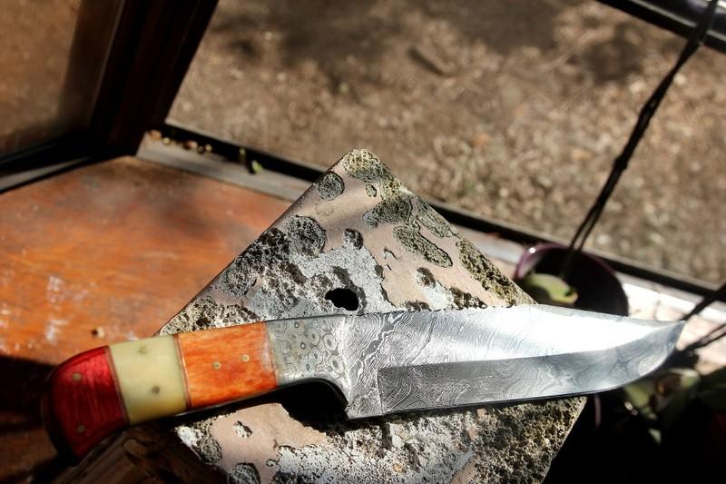 Awesome Damascus Knife