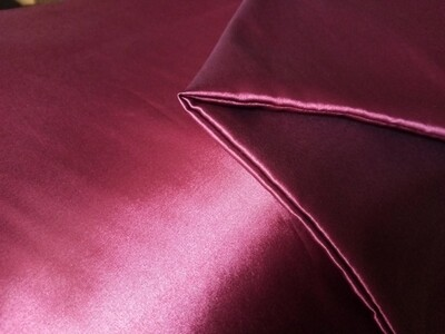 Satin Pillowcase Set (Maroon)
