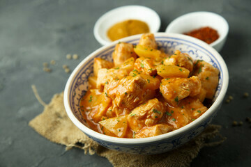 Pan Royal Curry Chicken 500g +/-