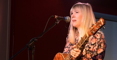 Becky Mills LIVE at Alne Music Club (23.10.21)