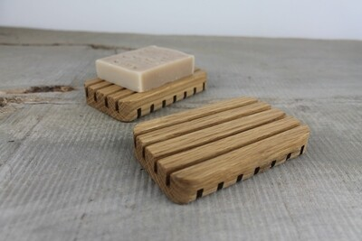 Self Draining Wooden Soap Dish, Oak Soap Tray