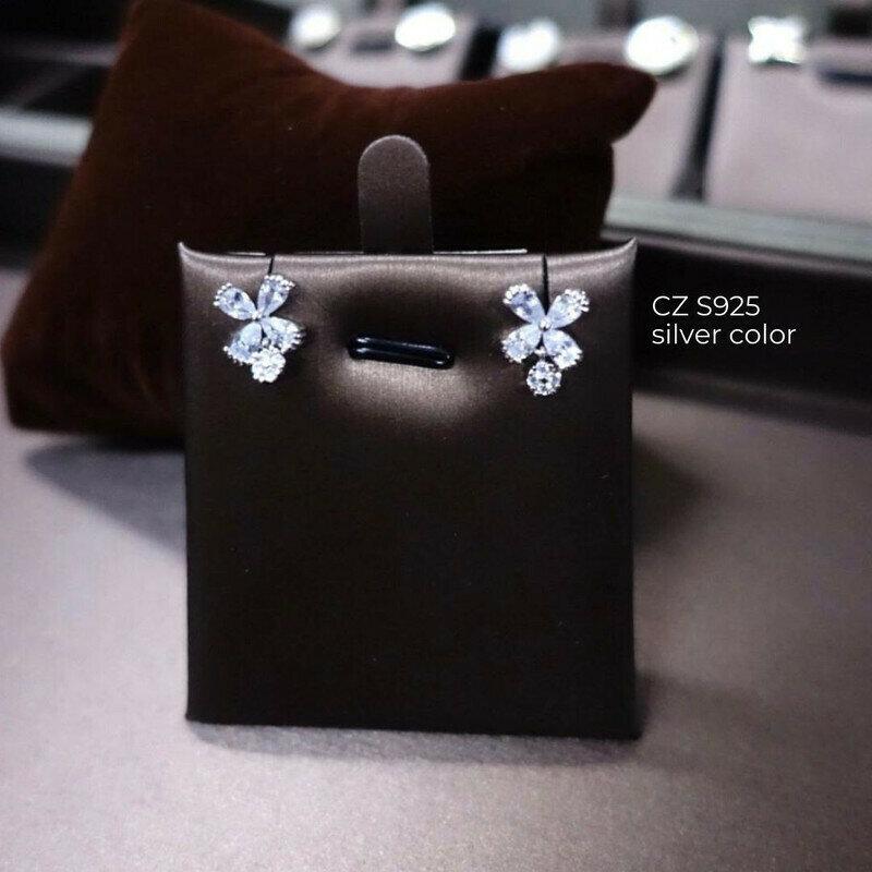 ต่างหู CZ S925 1x1.3 cm.