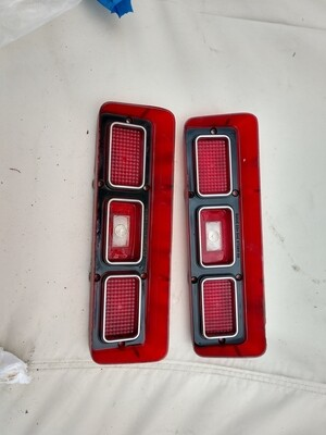 1968 pontiac Lemans tail light lens