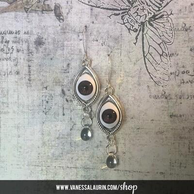 Weeping Eye earrings - Brown iris (Silver)