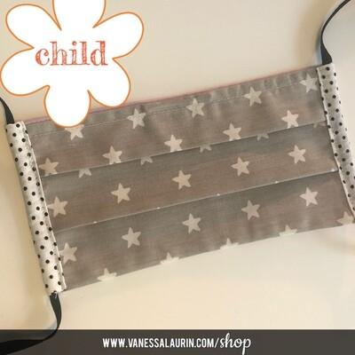 CHILD Pleated mask: Stars, white on grey