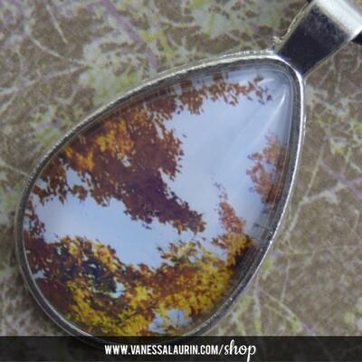 Fall Foliage Collection: Teardrop pendant 2 (Bright silver)