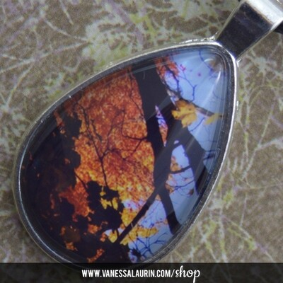 Fall Foliage Collection: Teardrop pendant 4 (Bright silver)