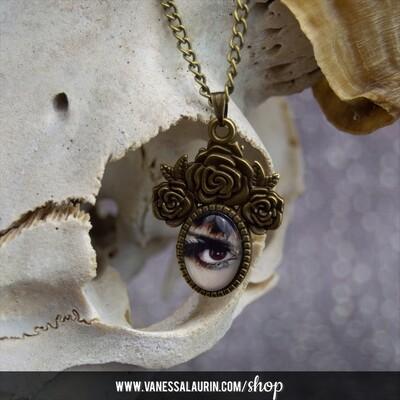 Lover's Eye Pendant (brass)