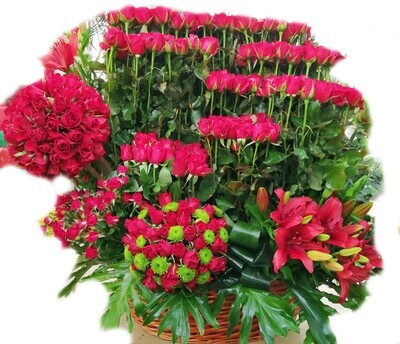 Princess 400 roses +lilium Lebanon
