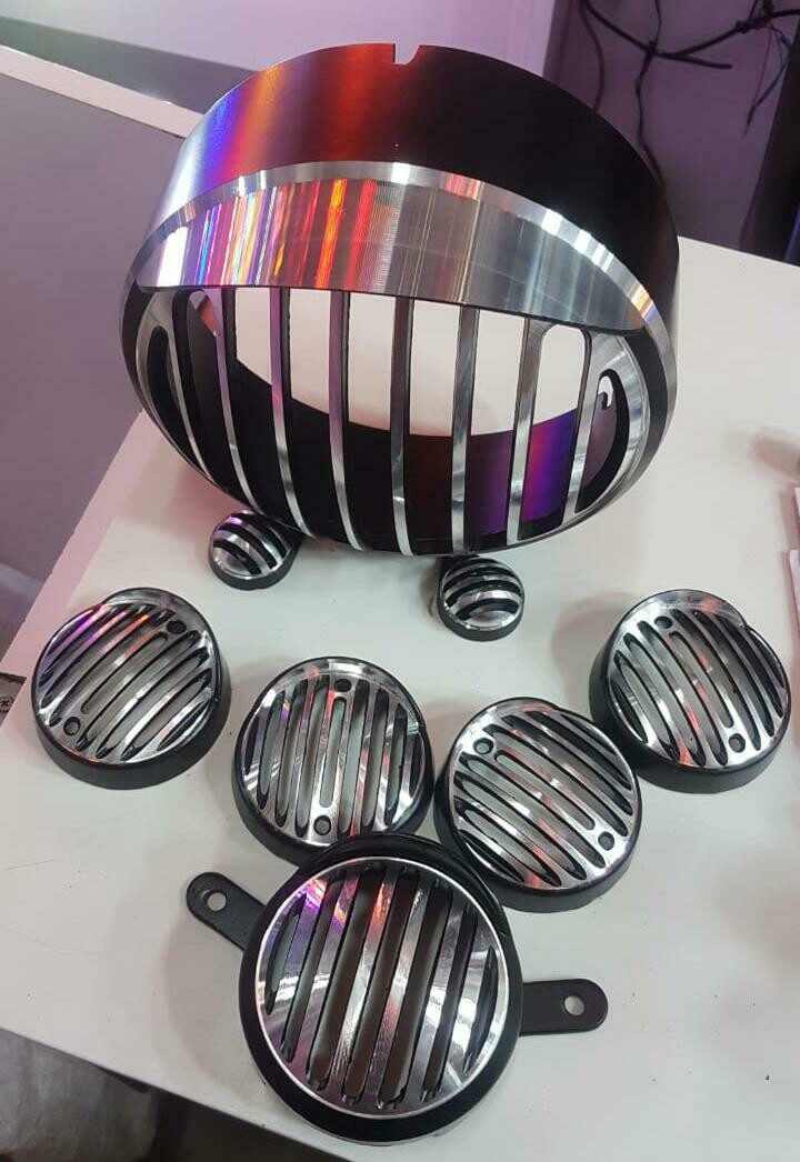 New Diamond Metal Grill for Royal Enfield Bullet Classic 350 & 500 with Cap