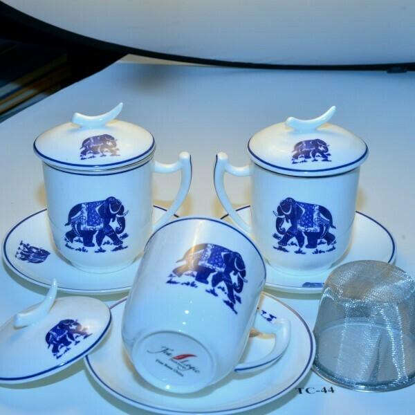 set van 3 olifantenmokken met accessoires   TC-44