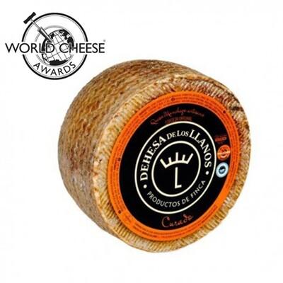 D.O. Dehesa de los Llanos Artisan Cured Manchego Cheese (Approx. 2.8kg)