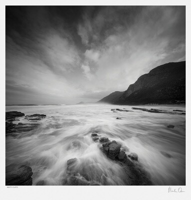 Classic Black and White | Misty Cliffs | Martin Osner