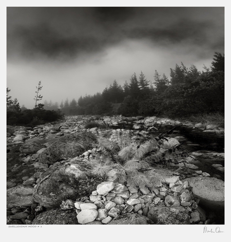 Classic Black and White | Swellendam Mood No.1 | Martin Osner