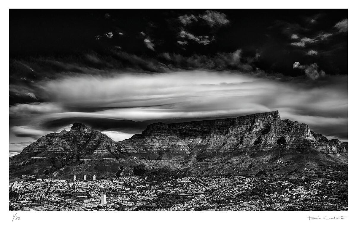 Moonrise over Table Mountain | Ed 20 | Peter Corbett