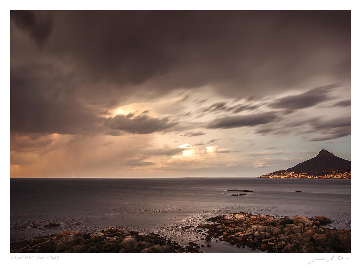 Classic Cape Town | Dusk | Samantha Lee Osner