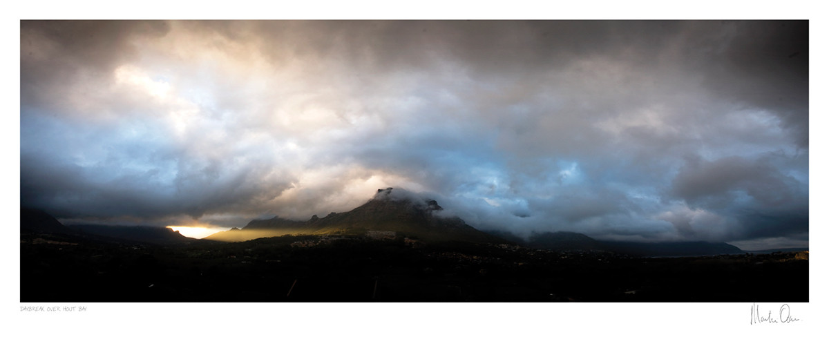 Classic Cape Town | Daybreak over Hout Bay | Martin Osner