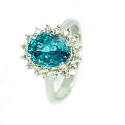 18k White Gold Ring with Blue Zircon 4.28ct and Moissanite 0.35 carat