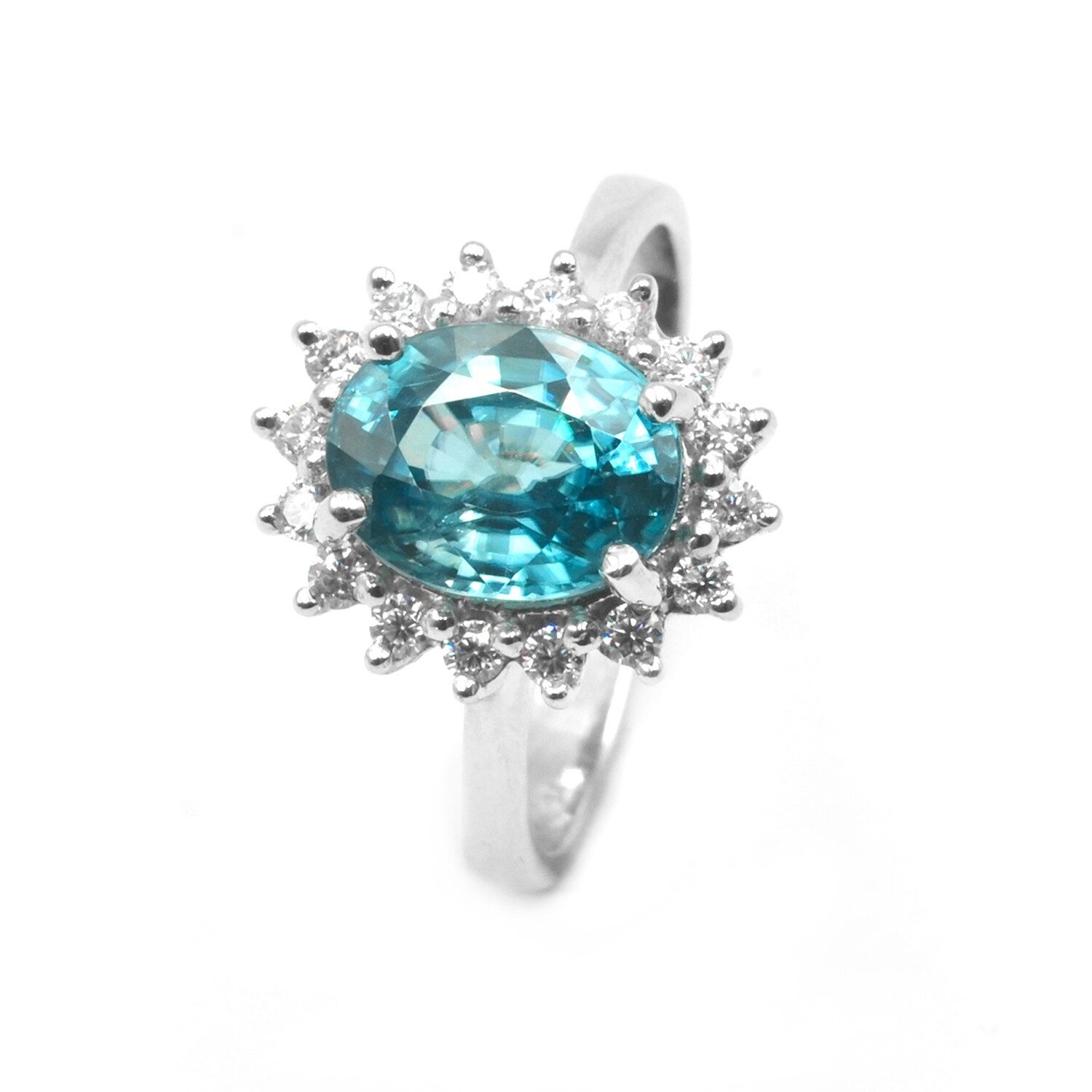 18k White Gold Ring with Blue Zircon and Moissanite
