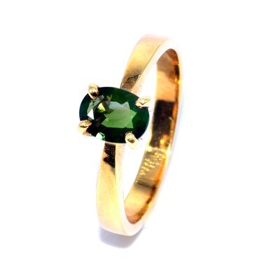 Solitaire Thai Green Sapphire Ring