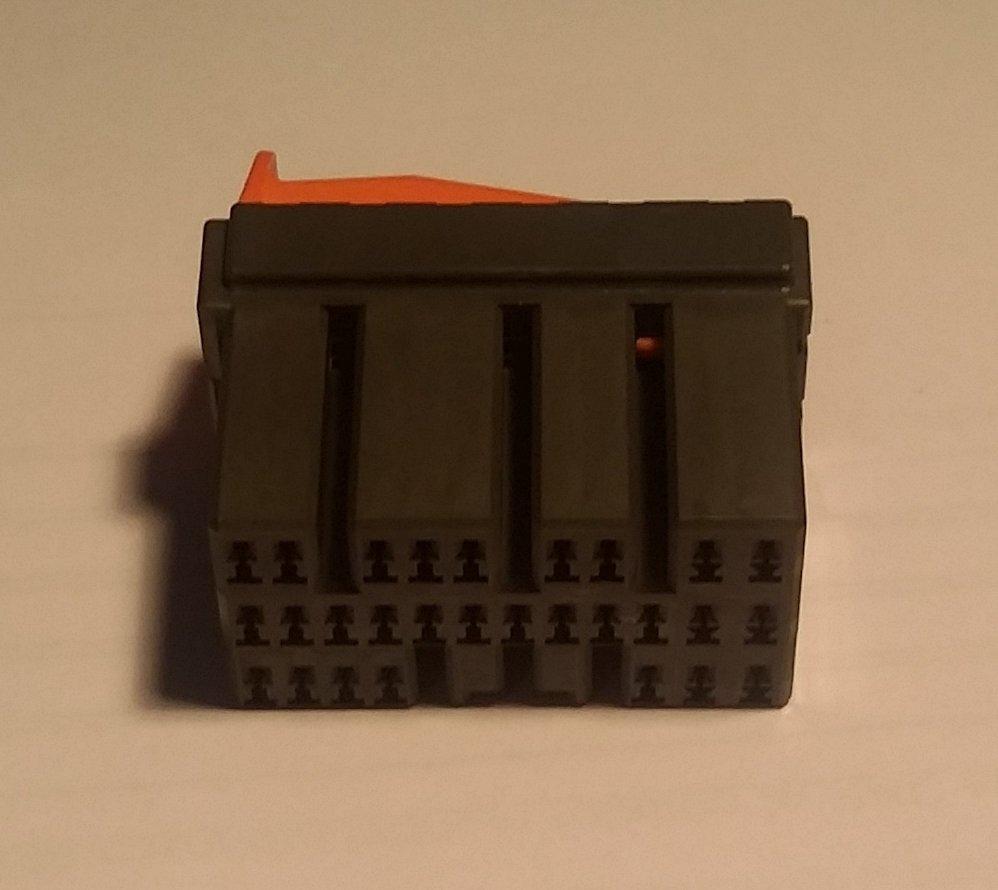 EVO 8MR/9 28P ECU Connector
