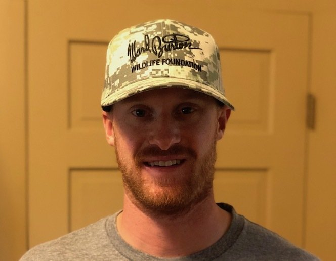 Military green cap with black embroidery on logo