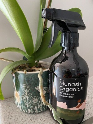 Munash Organics foliage spray