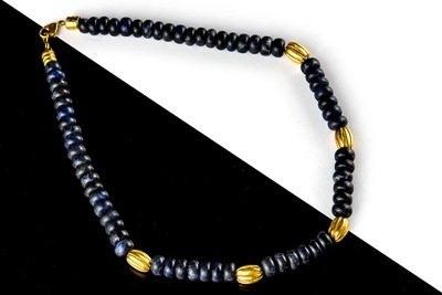 Collar precolombino piedras sodalita y cuentas doradas