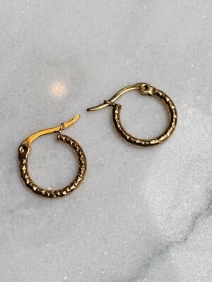 HAMMERED HOOPS GOLD - 4 SIZES
