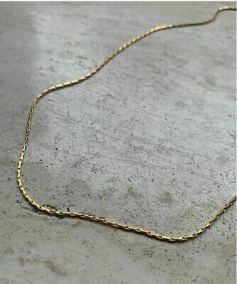THIN NECKLACE GOLD & SILVER