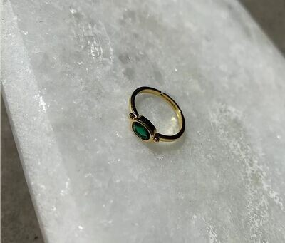 Jade Ring (one size)
