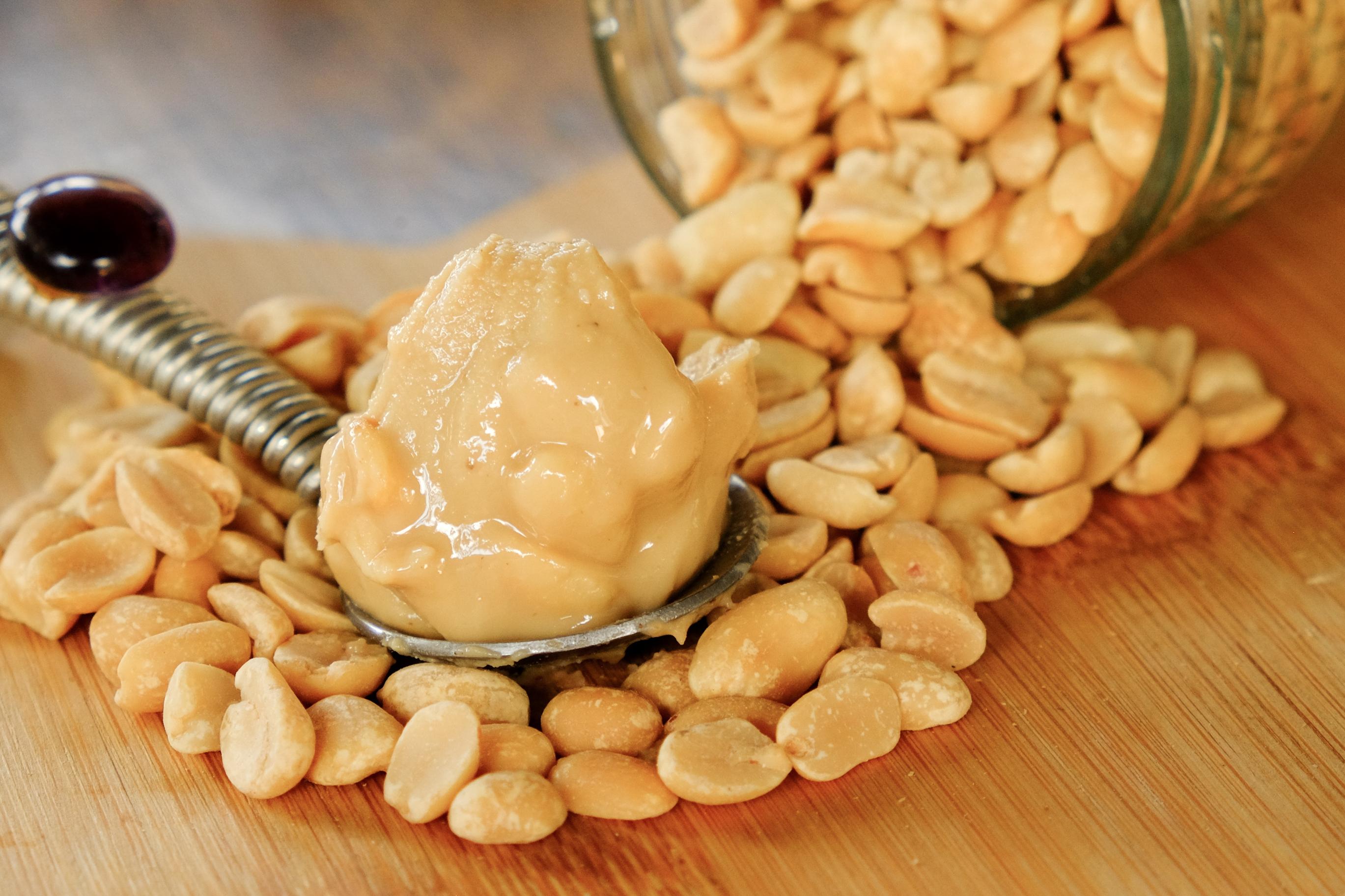 Crunchy Peanut Butter (1Kg)