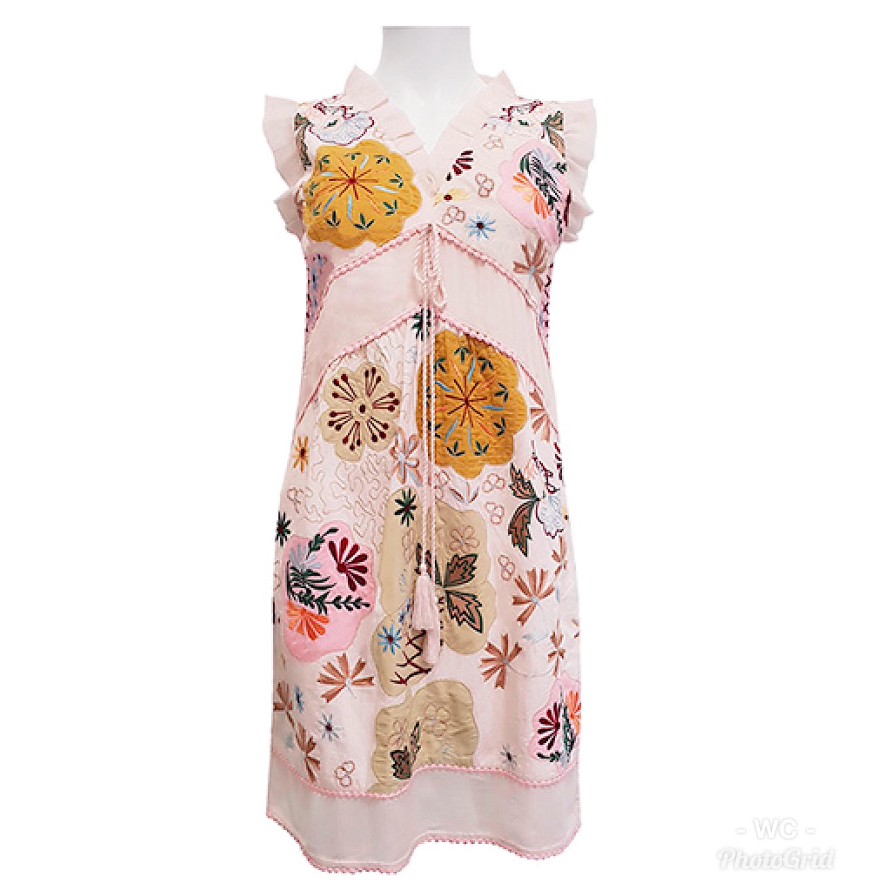 Shoklett: Pale Pink Rose Bouquet Jody Dress/Tunic