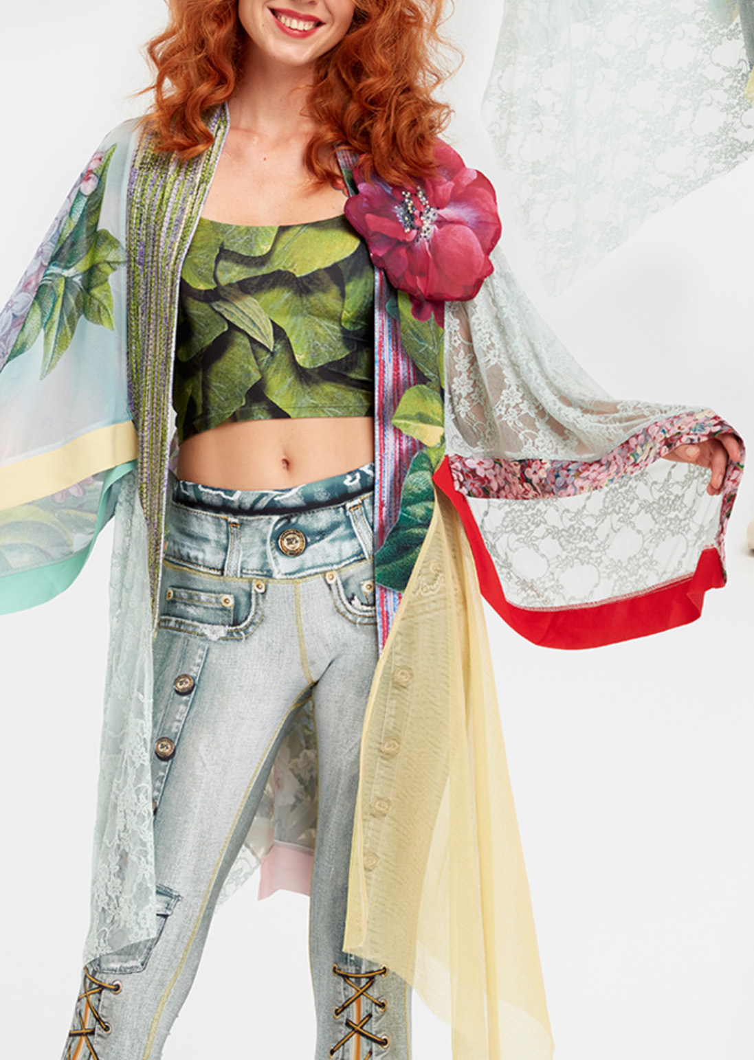 IPNG: In Paradiso Cherry Carnation 3D Illusion Kimono Cardigan
