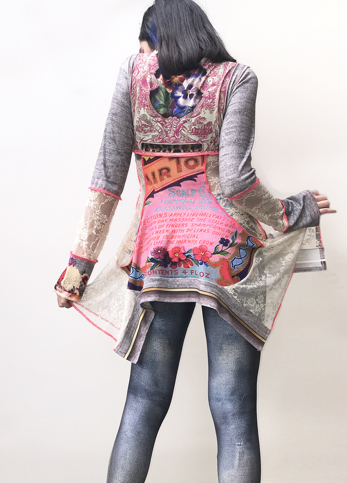 IPNG: Label Longings Pink Rose Illusion Gypsy Tunic