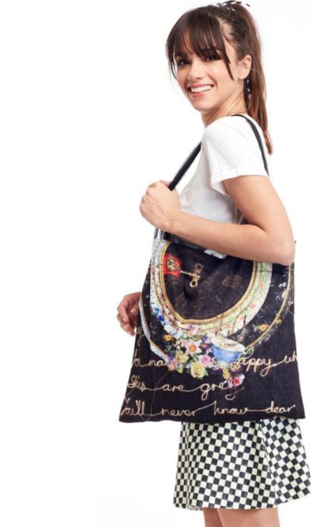 IPNG: Rosette Handwritten Illusion Tote Bag