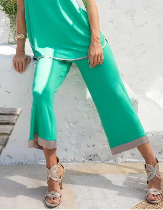 Maloka: Bewitchingly Comfortable Contrast Flared Pants (More Colors!) MK_LAURELAI