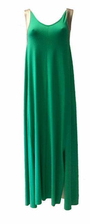 Maloka: Bewitchingly Comfortable Contrast Slit Hem Maxi Dress