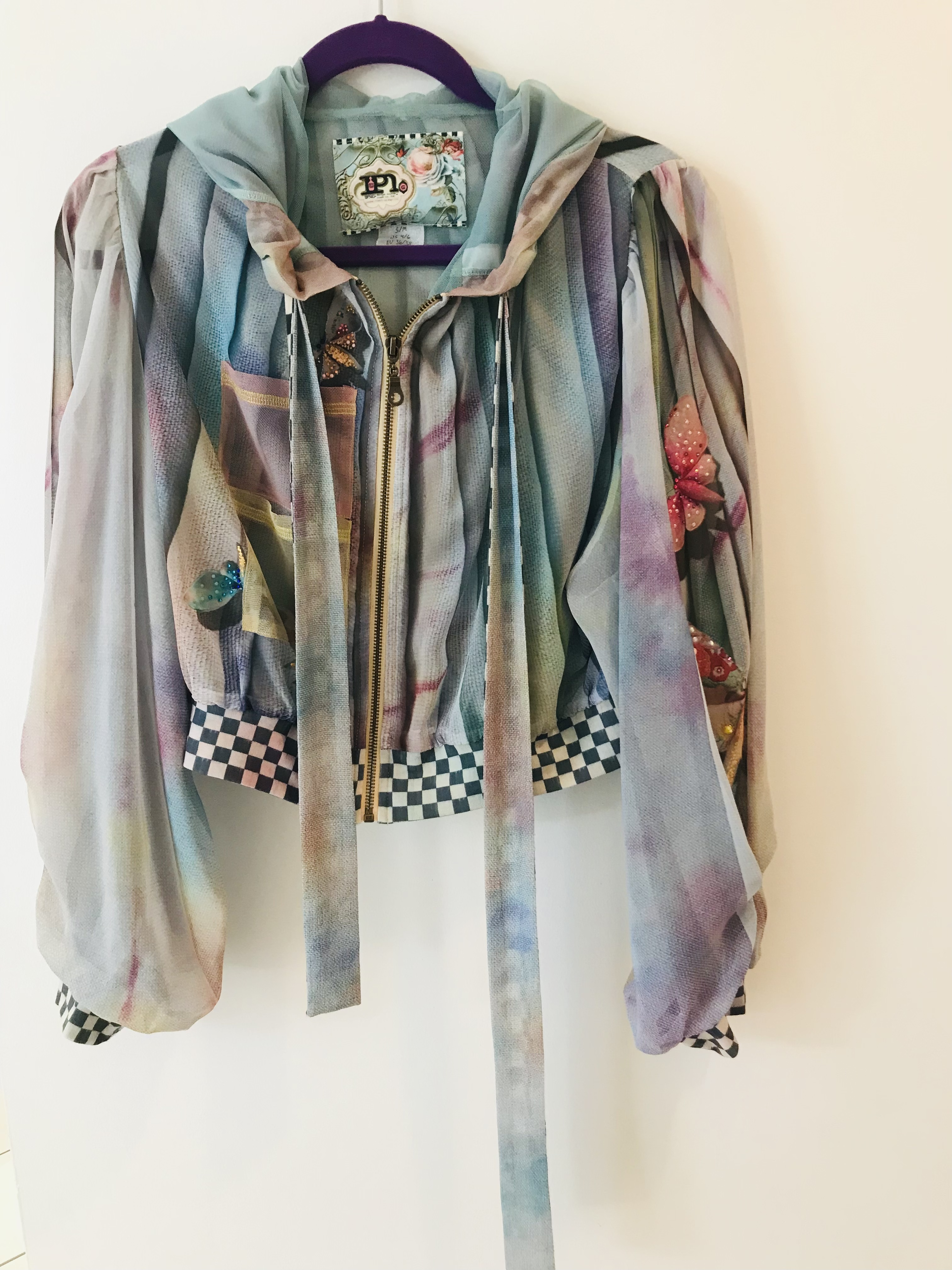 IPNG: Never Enough Color Orchid Illusion Hoody Puff Jacket IPNG_NECGP-046